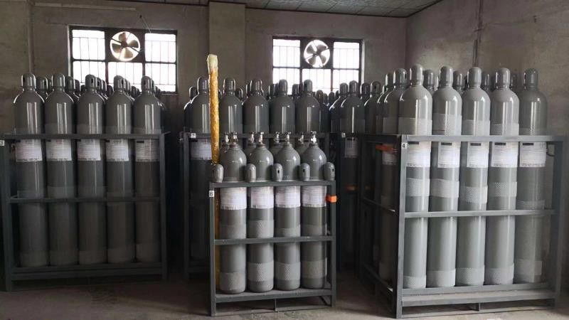 Hydrogen Chloride HCl Gas Specialty Gases 99.999% Purity In Metal Cleaning